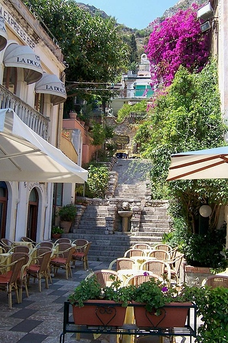 italian-cafe-ashley-borchers
