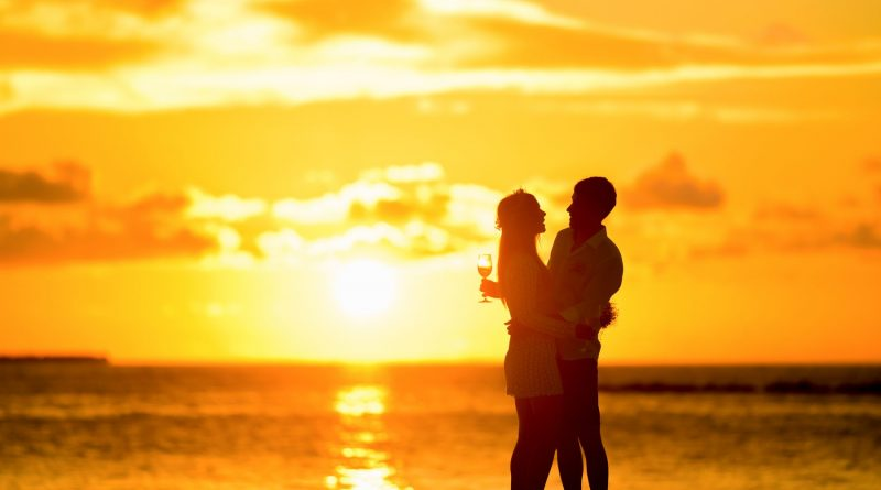 ctravelfotoPhi-Phi-Island-Village-Beach-Resort-is-an-idyllic-location-for-couples-in-love-to-propose-or-hold-a-picture-perfect-wedding1-800x445